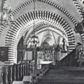 Halsted kirke med dekorationer.jpg